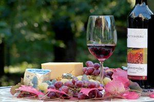Oldies Saturday at La Belle Amie Vineyard